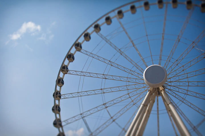 Eye Of The Emirates Wheel Logo
